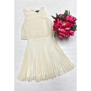 Beautiful Cream Colored TopShop Pleated Midi Dress